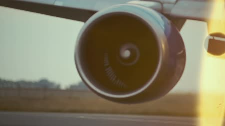 airplane engine : Hot air behind the aircraft engine.