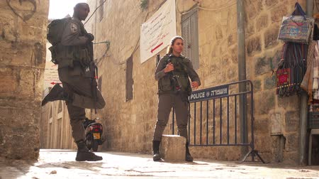 Soldiers in city center of Jerusalem, Israel 影像素材