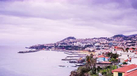 portugalsko : Waking up in the capital city of Madeira, Funchal, Portugal Dostupné videozáznamy
