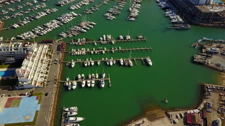 Modern architecture and close up of marina in Vilamoura, Quarteira, Algarve, Portug 影像素材