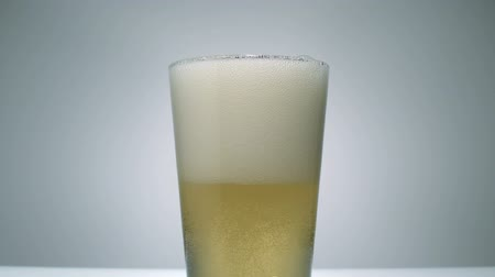 slomo : Ginger ale being poured in a glass, Slow Motion
