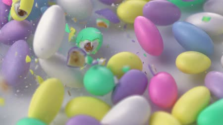 mandula : Slow-motion pastel almonds smashing