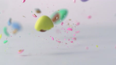 amandel : Slow-motion pastel amandelen smashing Stockvideo