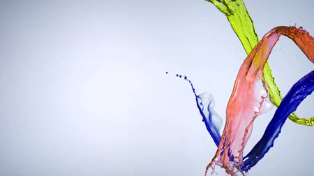 sıvı : Colored water splash shooting with high speed camera.