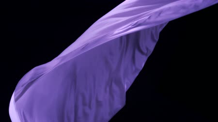 bez : Flowing purple cloth shooting with high speed camera, phantom flex.