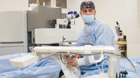 astigmatism : Ophthalmology surgery - laser vision correction