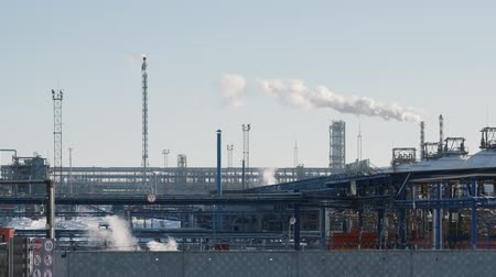 energetyka : Infrastructure of industrial power plant, smoking pipes, pipelines and torch