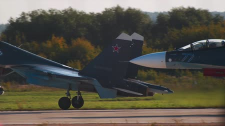 freedom fighter : 29 AUGUST 2019 MOSCOW, RUSSIA: Two reactive fighter airplane are taking off Stock Footage