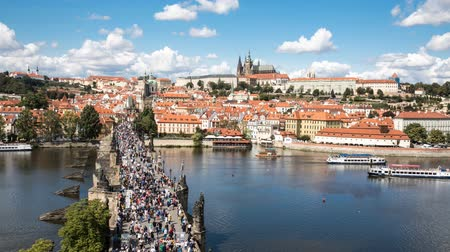 Čechy : 4K  Timelapse video of Charles River Bridge in Prague, Czech Republic Dostupné videozáznamy