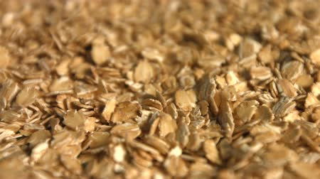 yulaf ezmesi : Oatmeal. 3 Shots. Slow motion. Close-up. Horizontal and vertical pan.