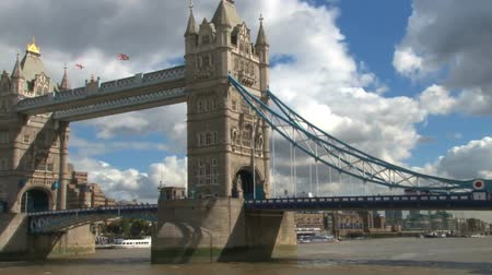 londra : tower bridge london
