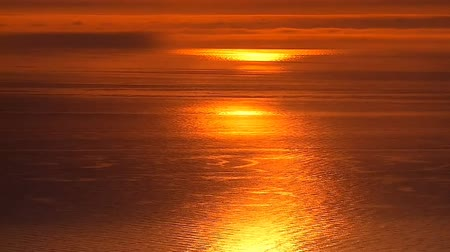 ações : fiery sunset at the sea Stock Footage