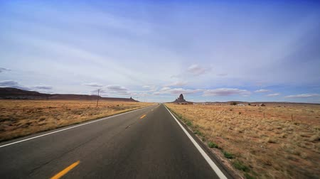 uliczki : Driving the long straight road through the desert to Monument Valley, Arizona