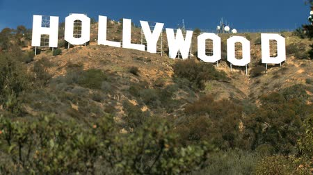 registrati : Iconica insegna di Hollywood sulle colline di Los Angeles, Stati Uniti d'America Filmati Stock