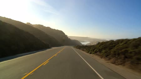 costa : Point-of-view driving the Pacific Coast highway Vídeos