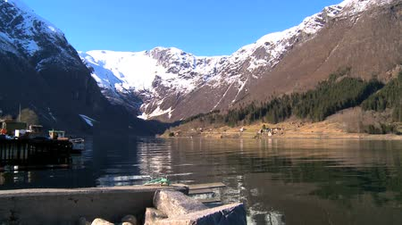 enriching : Crystal clear waters of glacial fjords