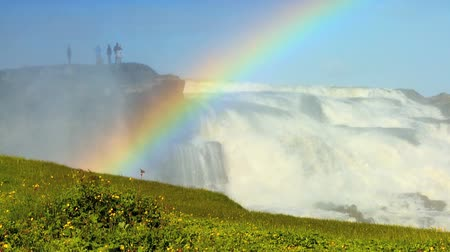 arco íris : Rainbow over powerful glacial waters of Gulfoss Waterfall,Iceland 60 FPS