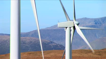 ortam : Wind power farm producing energy in the environment