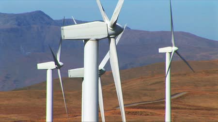 türbin : Wind power farm producing energy in the environment