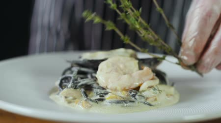 kalmar : Chef Adds Rosemary To Seafood