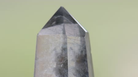 Transparent quartz crystal with tourmaline inclusions Стоковые видеозаписи