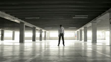 problem : Desperated business man in underground park, Full HD Stock Footage
