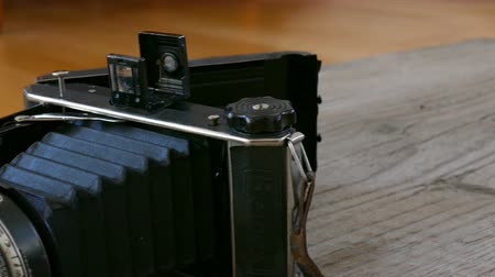 prezentaci : old camera equipment