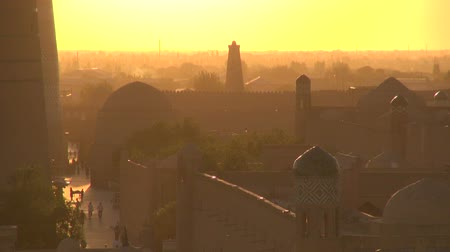 hedvábí : Beautiful sunset over Khiva along the Silk Road.