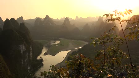 tájak : Beautiful karst scenery in China.
