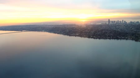 Aerial view of sunset over Seattle, WA and Lake Washington 影像素材