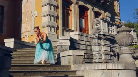 bale : ballerina dancing on the terrace and in the park