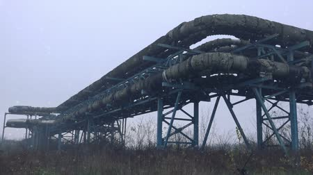 rurociąg : Obsolete heat pipes of thermal power plant on winter afternoon Wideo