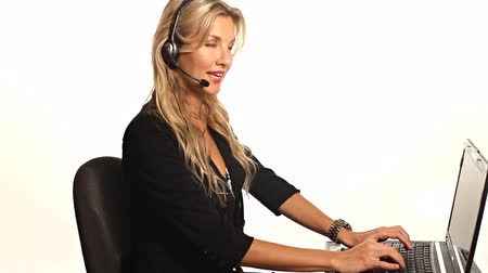 fejhallgató : Pretty happy customer service woman with headset