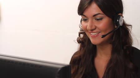 centrum : Pretty customer service woman working in call center helping