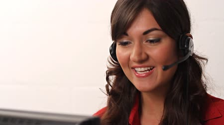 fejhallgató : Happy smiling customer service worker woman