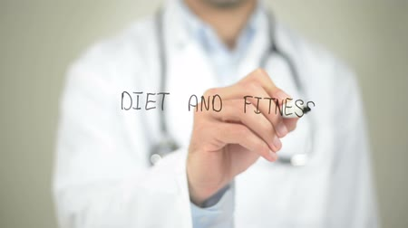 perda de peso : Diet and Fitness, Doctor writing on transparent screen