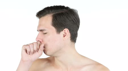 cavalheiro : Portrait of young man  coughing because of flu. Stock Footage