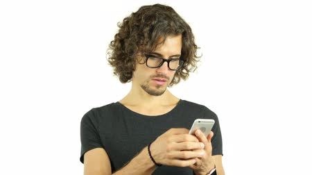 czytanie : Designer in Glasses Surfing, Browsing on Smartphone