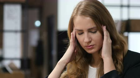 головная боль : Headache, Frustrated, Upset, Tense Girl Sitting Indoor