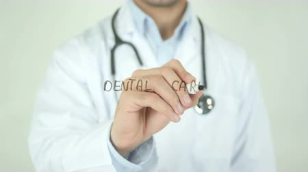 egzamin : Dental Care, Doctor Writing on Transparent Screen Wideo