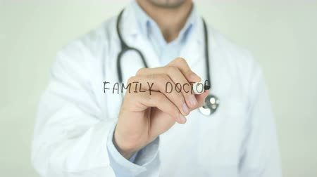 seringa : Family Doctor, Doctor Writing on Transparent Screen