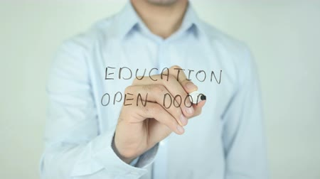 подготовке : Education Open Doors, Writing On Transparent Screen