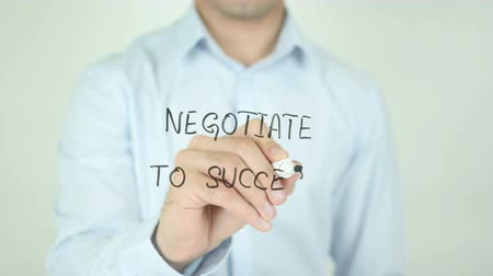 compromise : Negotiate to Success, Writing on Screen