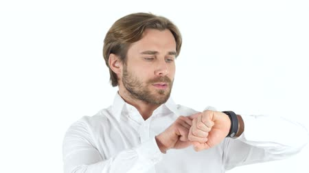 zegar : Man Using Smartwatch