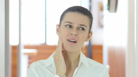 healthy office : Toothache, Woman in Pain Stock Footage