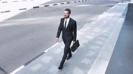 bankier : Young Businessman Coming to Office Wideo