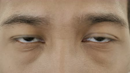 интерн : Close up of Eyes of African Businessman