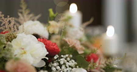 buket : Flowers on table - beautiful flowers.