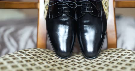 cipőfűző : Black elegand shoes Stock mozgókép