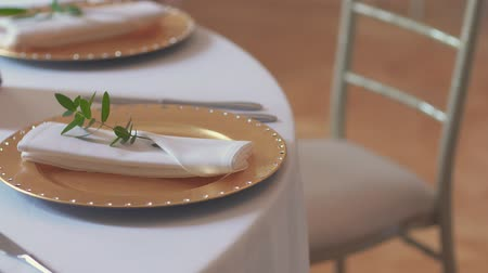 formální : decorated table for wedding dinner